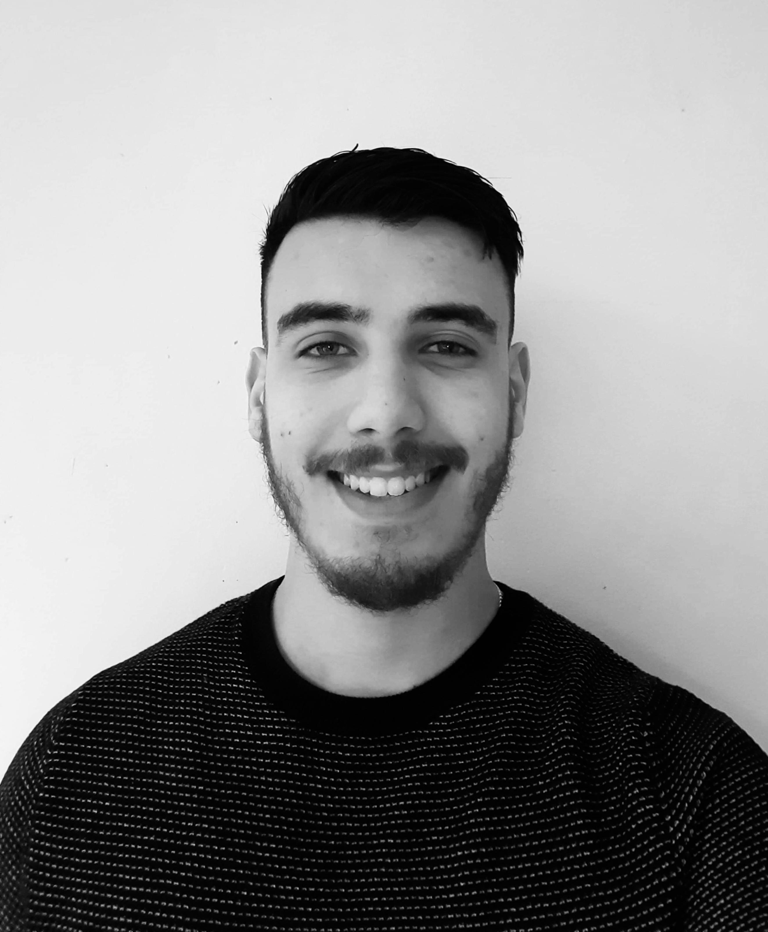 équipe administrative :Portrait de Mahdi Bensaltana, coordinateur de l' asbl Liège Centre