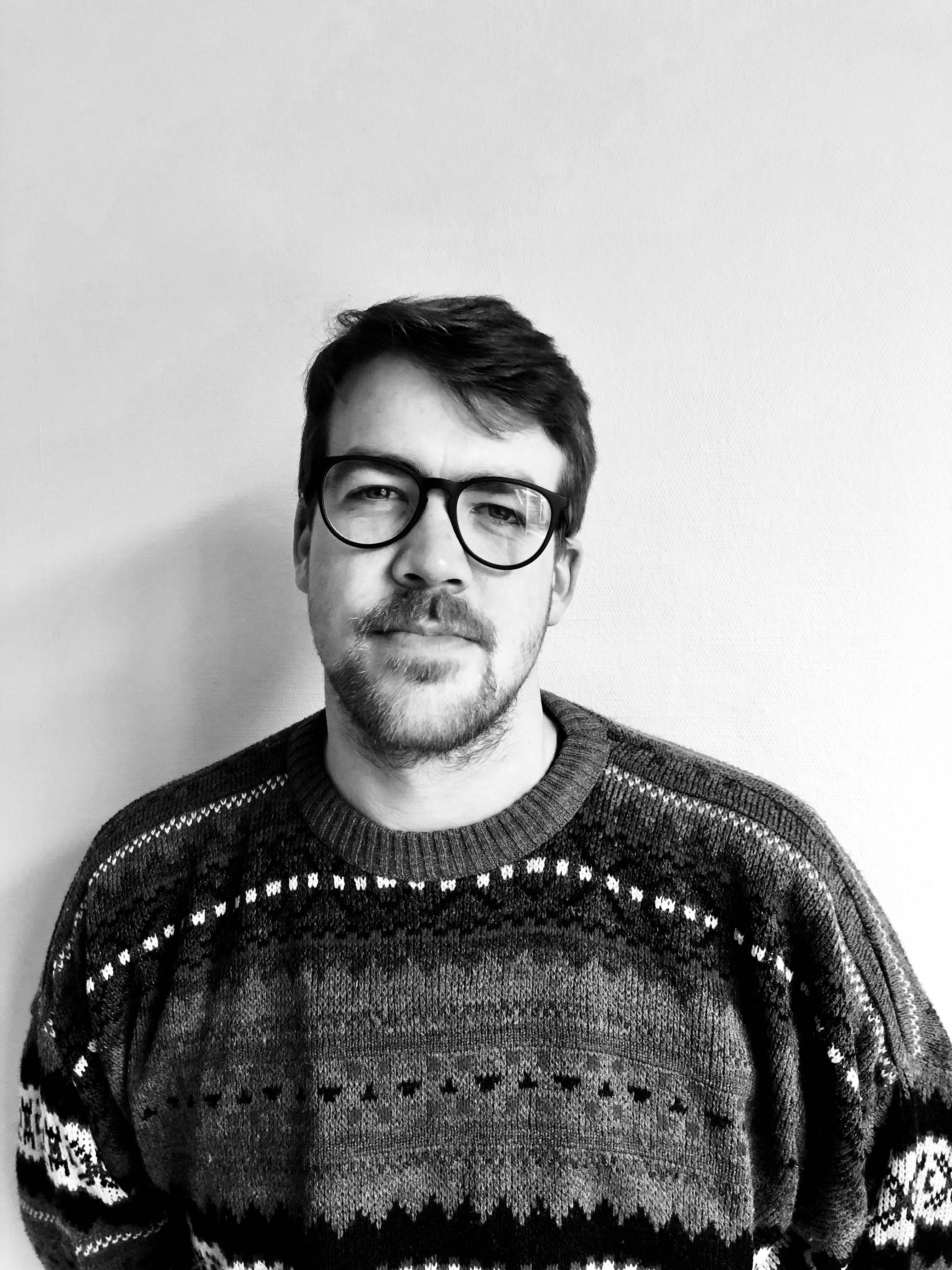 équipe administrative :Portrait de Maxime Moinet, chargé de projets de l'asbl Liège Centre